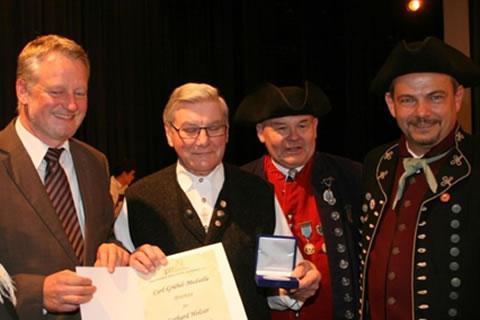 Carl-Grübel-Medaille in Bronze für Gerhard Holzer